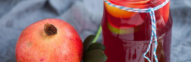 Granaatappel-watermeloen smoothie